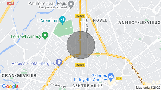 Joli T2 Lumineux et Cosy à Annecy Map