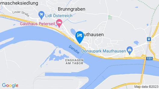 DONAUHOF HOTEL trinken.essen. schlafen. Map