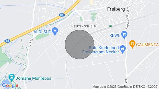 Penthouse Apartment in Ruhiger und Zentraler Lage mit S-bahn-anschluss Map