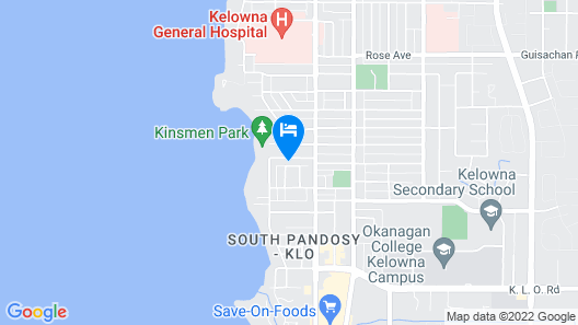 Newer 5 bedroom house less than half a block from lake, sleep 10 to 12 Map