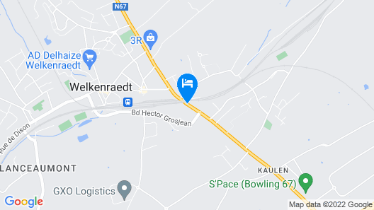 Deluxe Holiday Home in Welkenraedt With Jacuzzi & Steam Shower Map