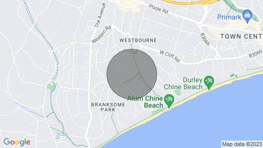Chine Hideaway: Alum Chine, 3 min to Beach! Map