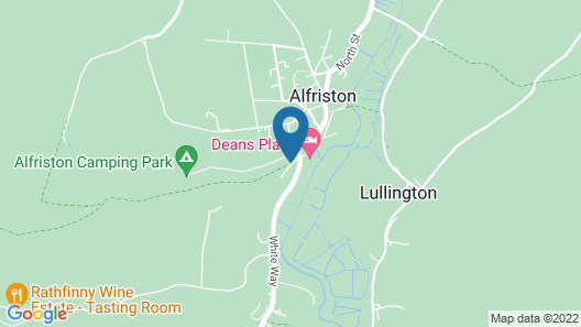 Alfriston Woodland Cabins - Foxes Hollow-hot Tub Map