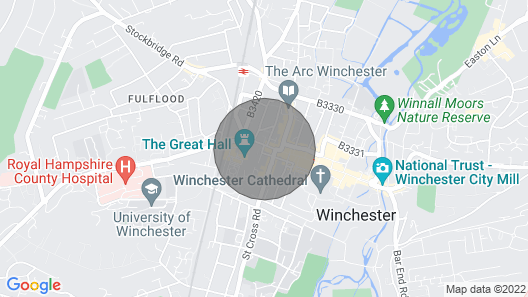 Right in the heart of the city centre looking out on Winchester Castle Map