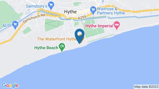 OYO Stade Court Hotel Map