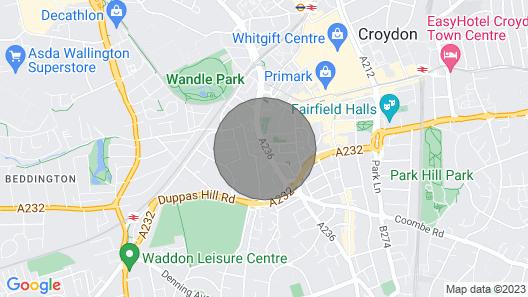Luxury 850 sqft 2 bedroom flat- central Croydon 13 Map