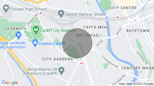 Cosy cottage in the city centre. Parking free. Map