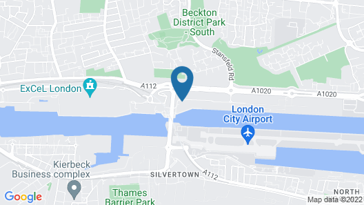 Hampton by Hilton London Docklands Map