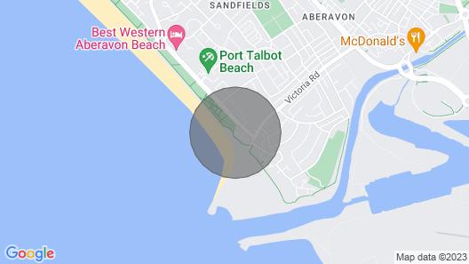 Luxury beachfront pet friendly 3 bed townhouse Map