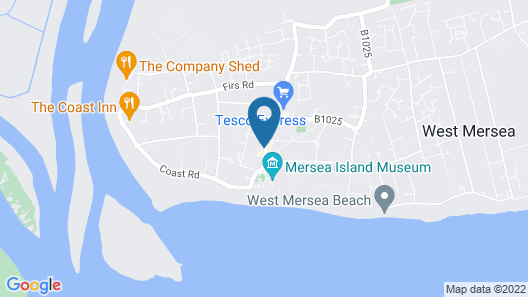 Bran's Estate, the Best Centre Location in the Town of West Mersea Map