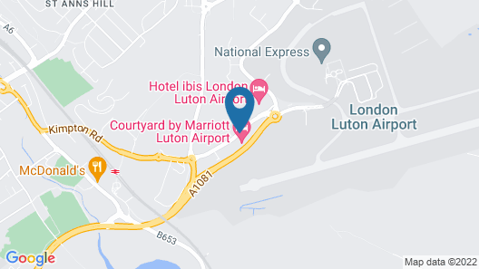 Courtyard by Marriott Luton Airport Map