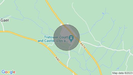 2 Bedroom Cottage in Crickhowell - 42959 Map