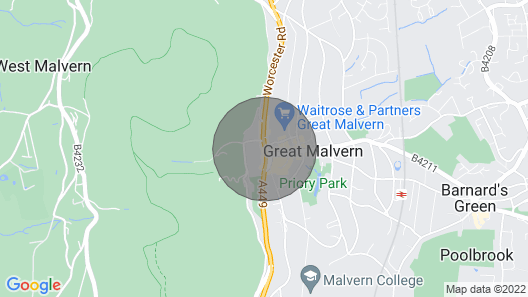 Luxurious 1BR in the Centre of Malvern Map