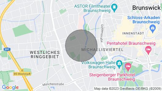 *NEU RENOVIERT* 3 Z.-Wohnung nahe der Innenstadt Map