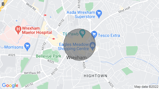 The Berwyn - Berwyn House - Central Wrexham - Sleeps Up to 7 Map