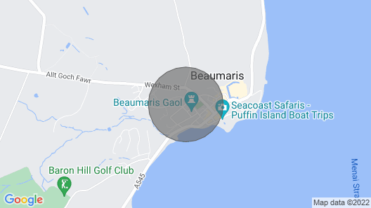 Stylish Penthouse Apartment for 4 in Beaumaris Map