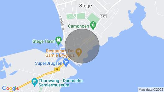 Lejlighed på Torvet Midt i Stege Map
