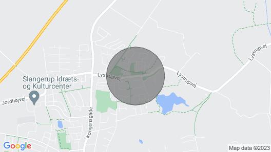 Stor Villa-lejlighed med Privat Have og tæt på by og Vand Map